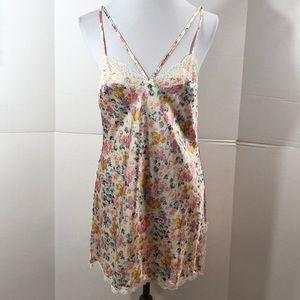 Victoria's Secret floral chemise NWT